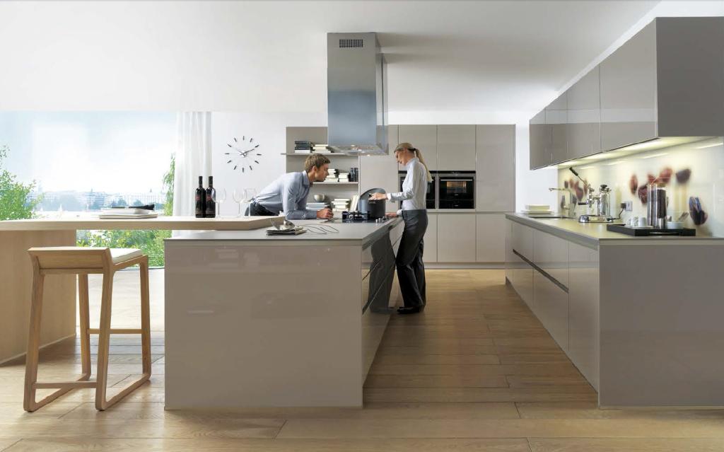 Greeploze Keukens Schüller keukens in de warme kleur truffelbruin ...