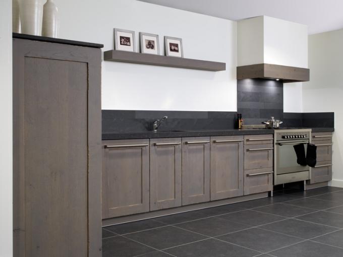 Grijze Keuken Met Wit Blad : Landelijke keukens beleef je bij KeukenHuiz in Friesland